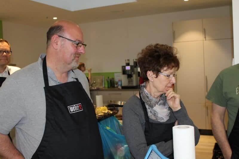 Weber Grill Seminar Teilnehmer im MS-Holzfachmarkt Wiesbaden