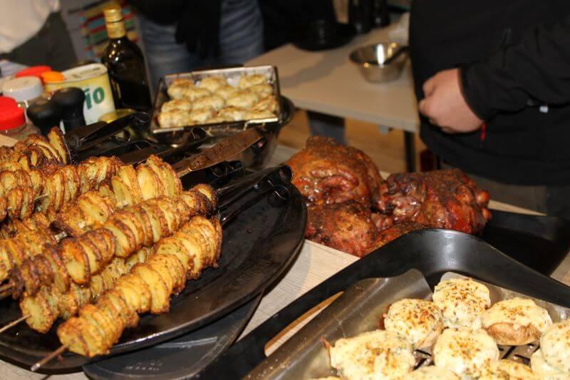 Weber Grill Seminar Kartoffelspiralen gefuellte Champignons Lammkeule im MS-Holzfachmarkt Wiesbaden